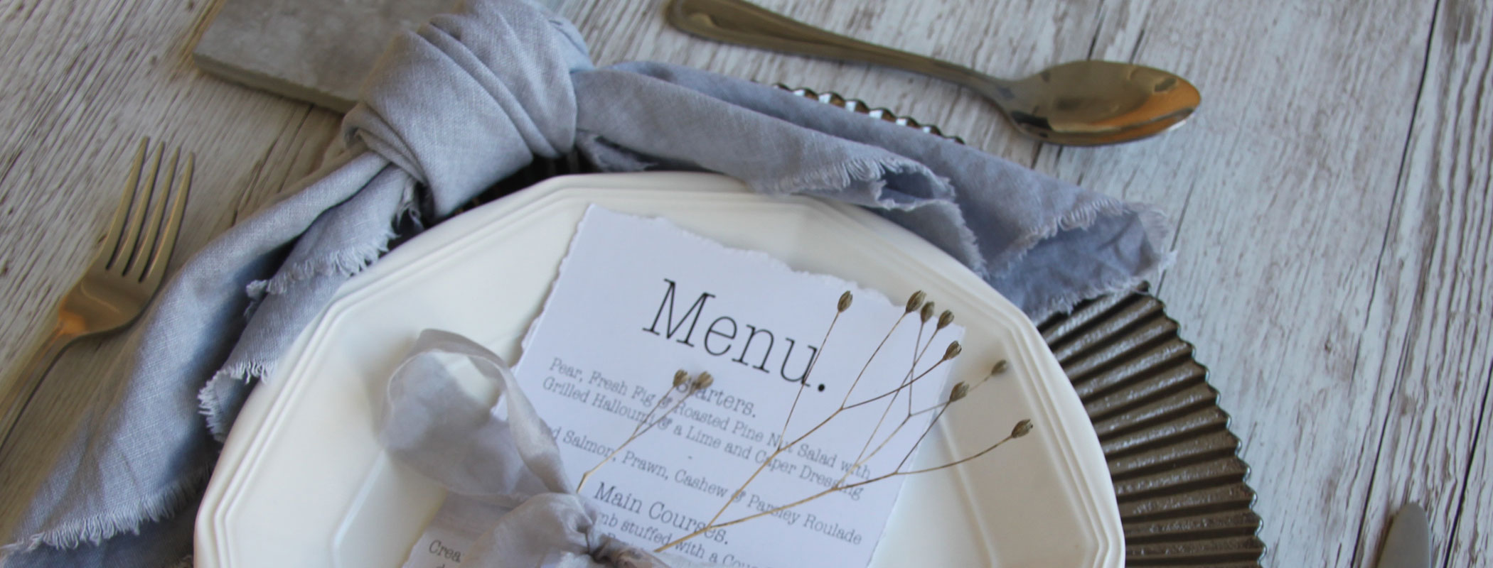How To Fold A Curved Knotted Napkin Three Little Secrets